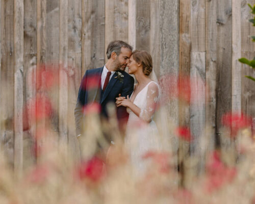 Fotograficzna sesja plenerowa w dniu ślubu vs w osobny dzień – za i przeciw